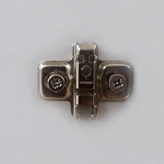 Колодка клип под евровинт подъем-3mm 173L8130