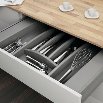 Лотки для тарелок, вилок и ножей
